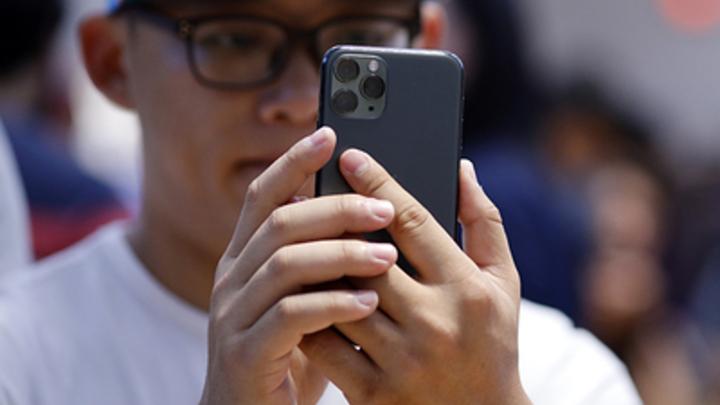 """Верили Кашпировскому - верят в миф о 5G-вышках: Биолог рассказал о борьбе с """"ковидными"""" фейками"""