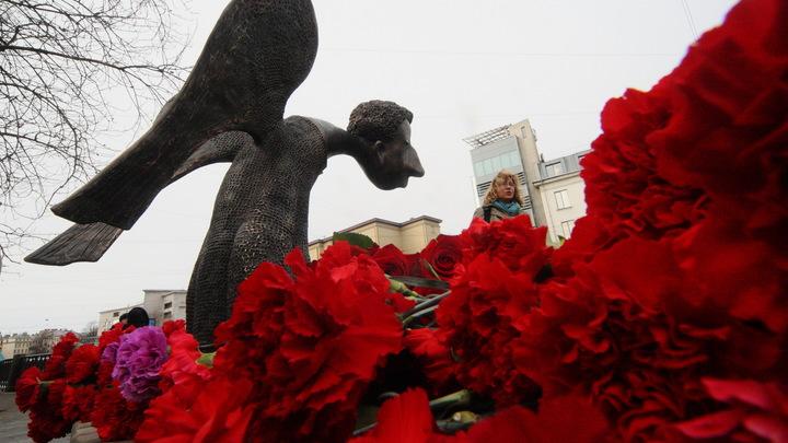 Вдова известного петербургского скульптора Романа Шустрова найдена мертвой в квартире