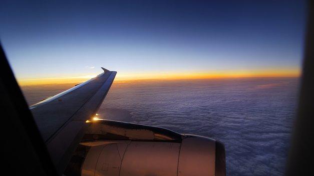 Пассажирский самолет потерпел крушение на юге Африки