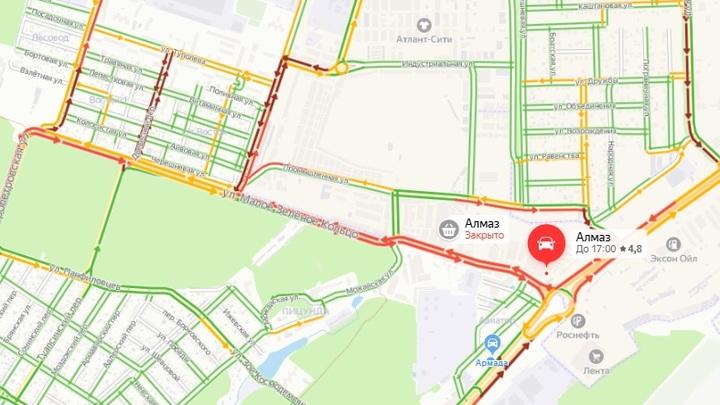 Облавы на рынках, входивших в орбиту Аксайского ОПС, вызвали пробки на въезде в Ростов