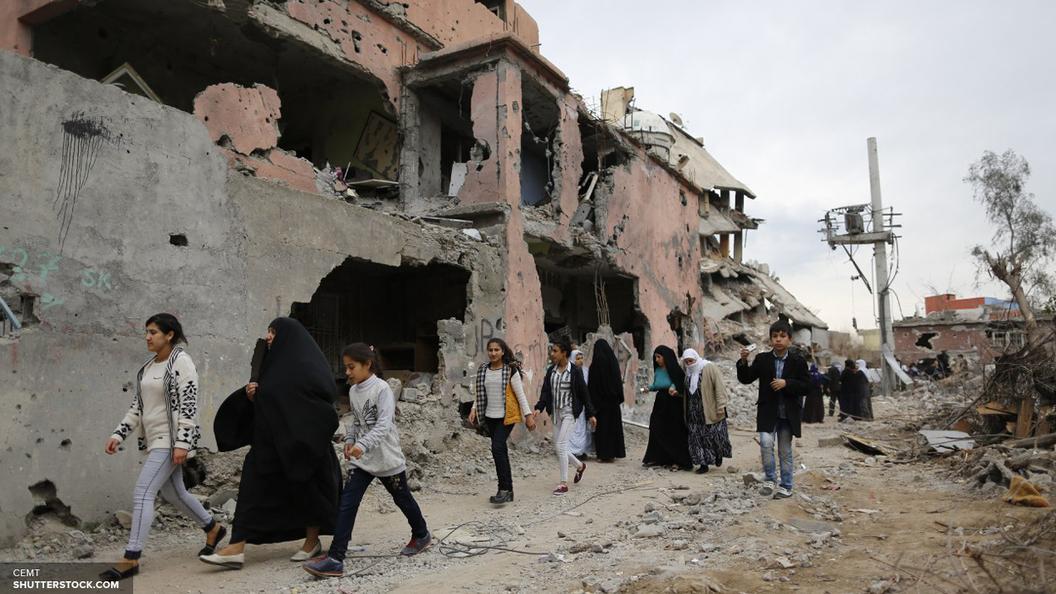 Российские военные доставили в Сирию медикаменты и продукты
