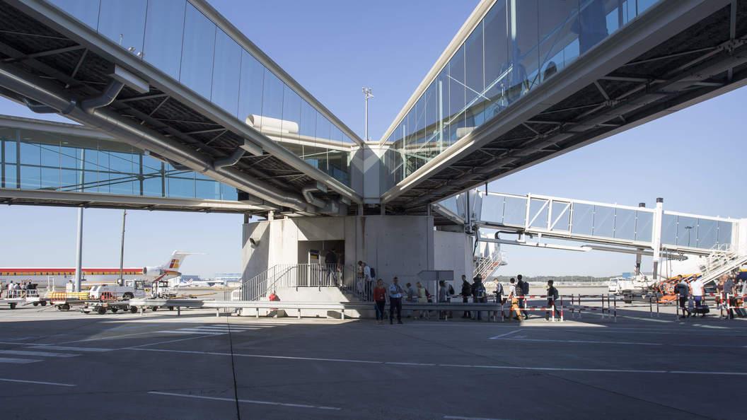 В Германии аэропорт вернулся к нормальной работе после эвакуации