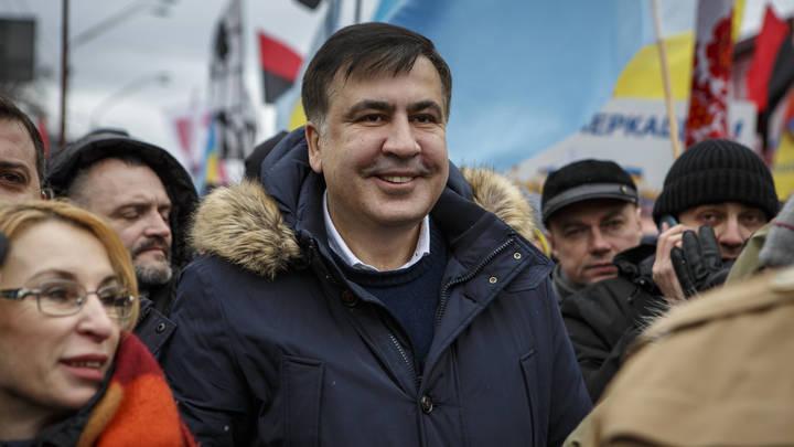 Зеленский вернул Саакашвили украинское гражданство, отобранное Порошенко