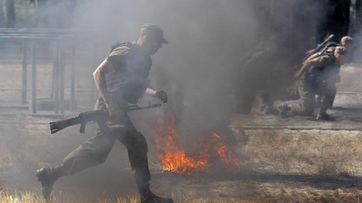 Крыши текут: Украинские десантники раскритиковали смену голубых беретов на бордовые