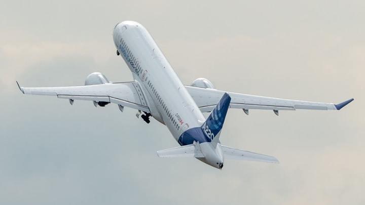 Уральские авиалинии и Ютэйр - в группе риска: Аналитик предсказывает уход компаний с рынка авиаперевозок
