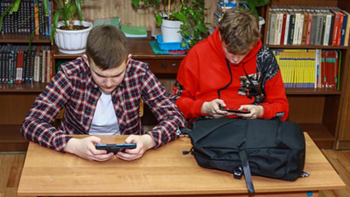 Школа в Челябинской области перевела четыре класса на дистант из-за ОРВИ