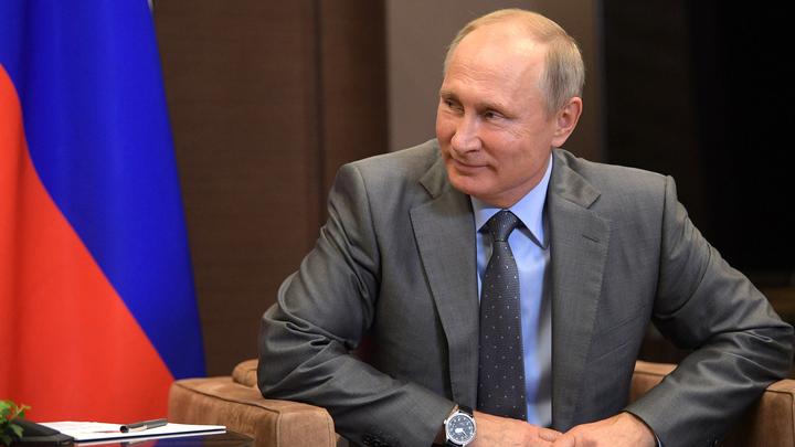 Удалёнка на максималках: Путин вышел на связь с МКС в видеоэфире