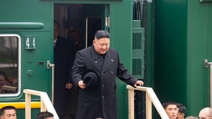 Вот уровень!: Бегущим охранникам Ким Чен Ына нашли достойных конкурентов - видео