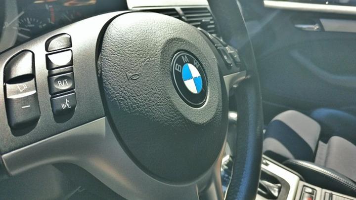 Новый двухтонный BMW M760Li появится в России в конце 2017 года