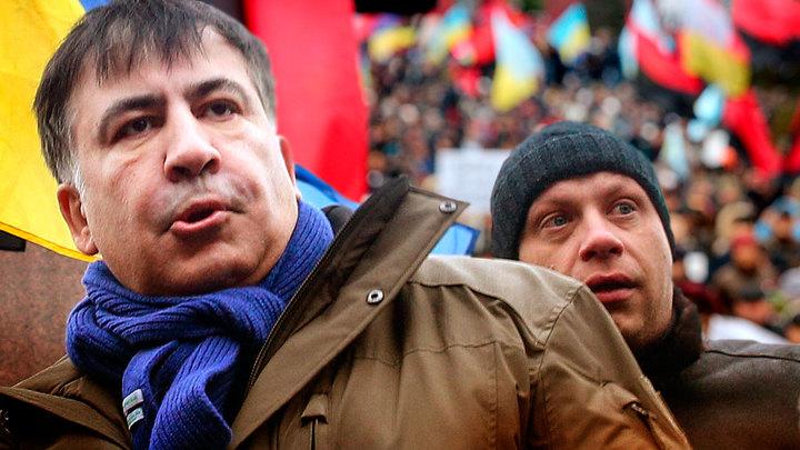 Американские кураторы додавливают Порошенко посредством Саакашвили