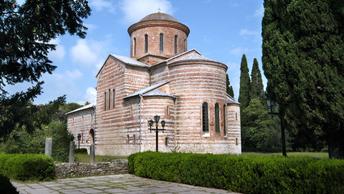 Русская и Грузинская Церкви считают непростым положение общины в Абхазии