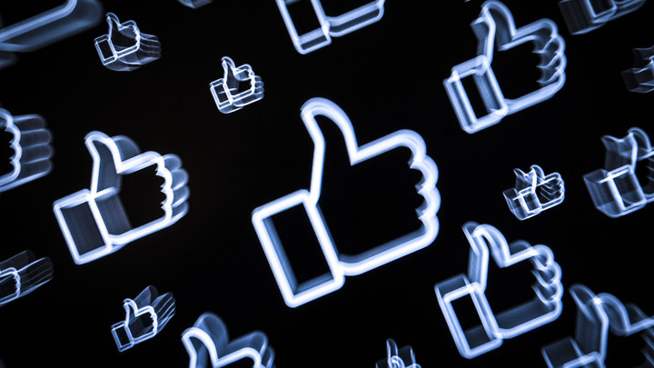 Пользователей России призвали не выворачивать наизнанку свою жизнь в соцсети