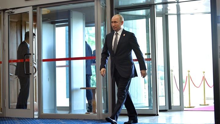 Трамп и Макрон приглашены не зря: Путин пообещал всем историческую правду на 75-летие Победы