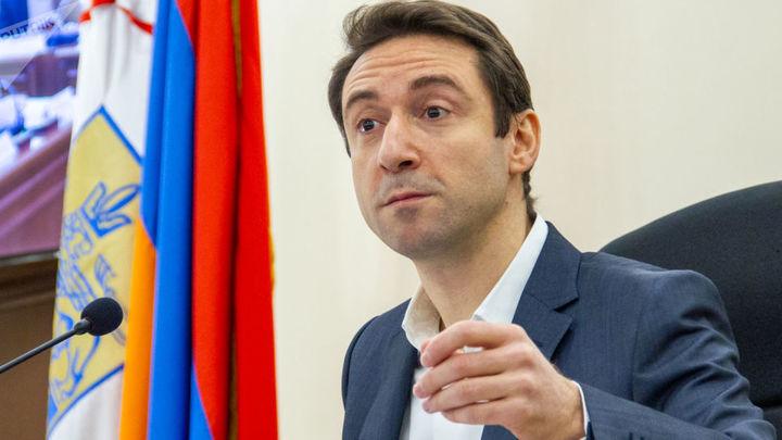 Мэр Еревана рассказал о бандах мешающих работе