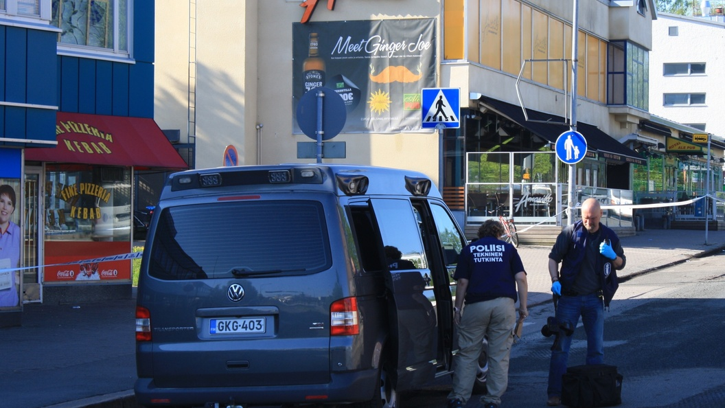 Среди пострадавших при наезде авто на толпу в Хельсинки оказались российские граждане