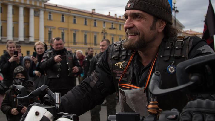 «Я его предупреждал»: Байкер Хирург рассказал, за что ударил Доренко в Кремле