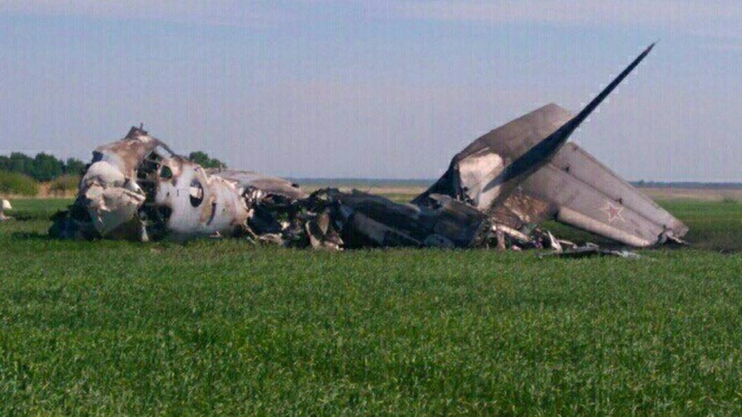 ВСети появилось первое видео крушения Ан-26 под Саратовом