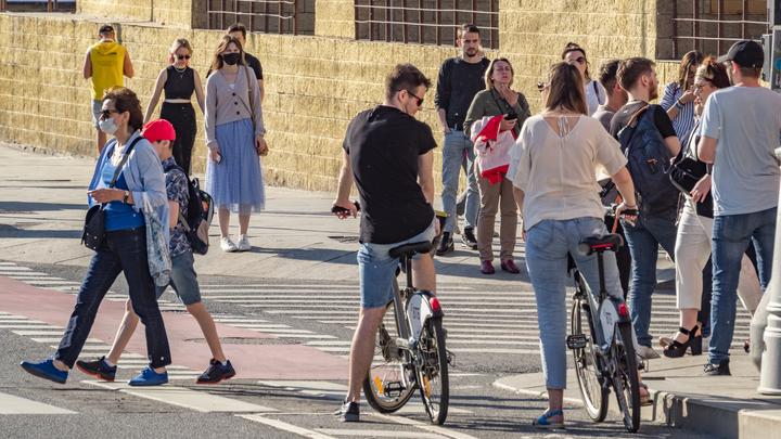Опрос показал, сколько петербуржцев добираются до работы на велосипеде