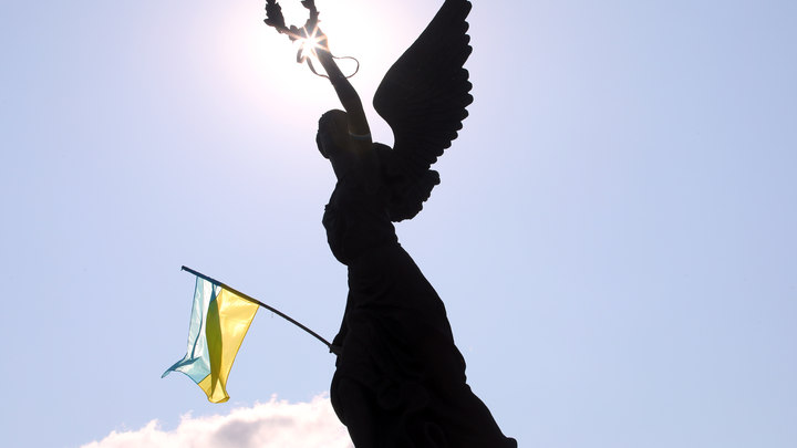 Гордон предложил переименовать Украину в Россию - видео