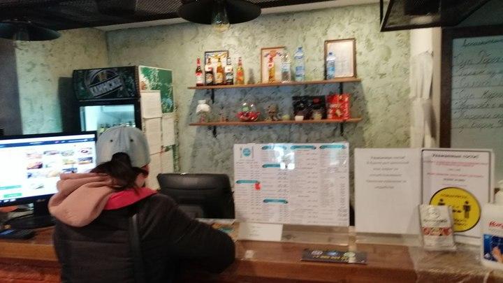 Владельцы придорожных кафе в Угдане заплатят штрафы за незаконные банкеты