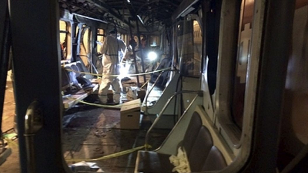 ВПетербурге из-за бесхозного предмета перекрыли станцию метро