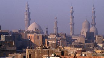В Египте неизвестный открыл огонь по прихожанам церкви