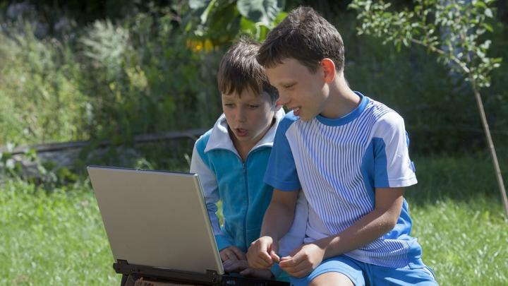 Чтобы дети могли учиться: Малоимущим семьям предложили новые выплаты