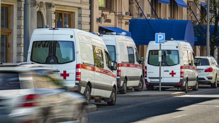Проклятые семьи сидят на карантине полтора месяца: Волонтёр рассказал о лечении в Москве