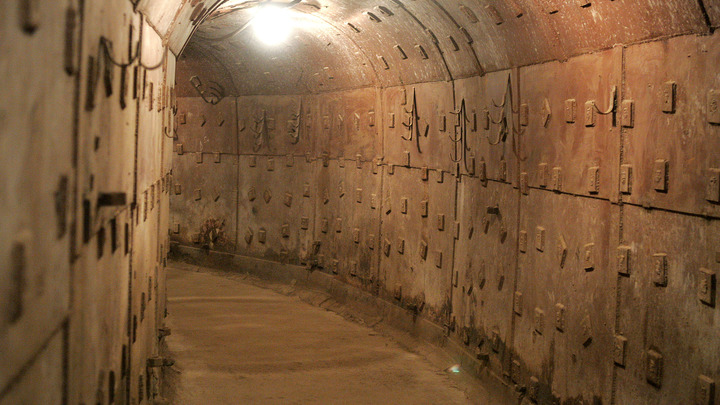 Новороссийцы 75 лет не знали, что у них под ногами: Поисковики сообщили о подземной находке времён Великой Отечественной