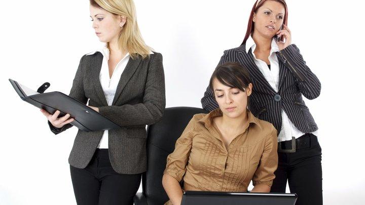 Бизнес с девичьим лицом: ВКонтакте поддержит женщин-предпринимателей