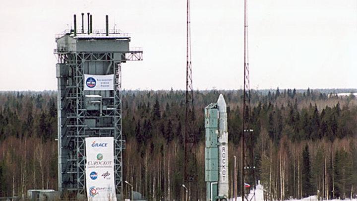 Минобороны РФ показало запуск секретного спутника под тяжелый металл
