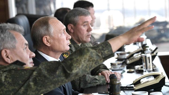 Россия накопит ракеты на случай выхода США из ДРСМД, пообещал Шойгу