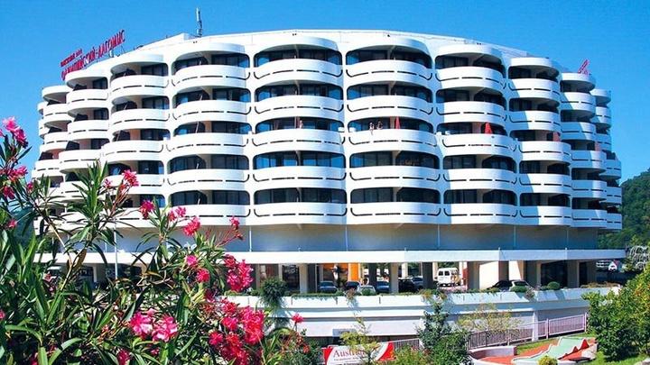 Сочинский пансионат за 2,3 млрд рублей превратят в современный апарт-отель