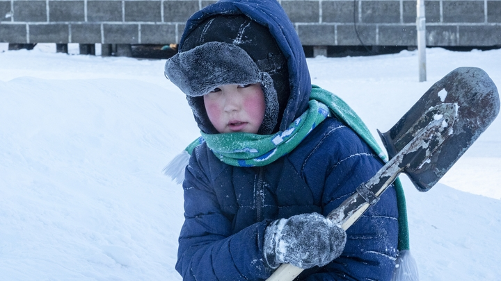 Режим ЧС введен в иркутском поселке, где в -30°C не работает отопление