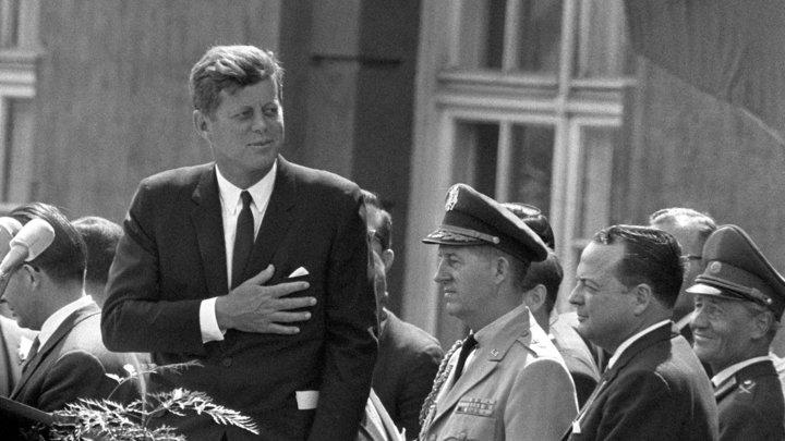 Срочно расследуем убийство Кеннеди и бомбим США: абсурдность требований в санкционном пакете вызвала встречные предложения