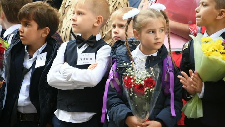 Детей грубо вышвыривают из транспорта: В Калининграде матери пожаловались на кондукторов