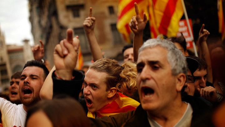 Брюссель склоняет Мадрид к политическому харакири