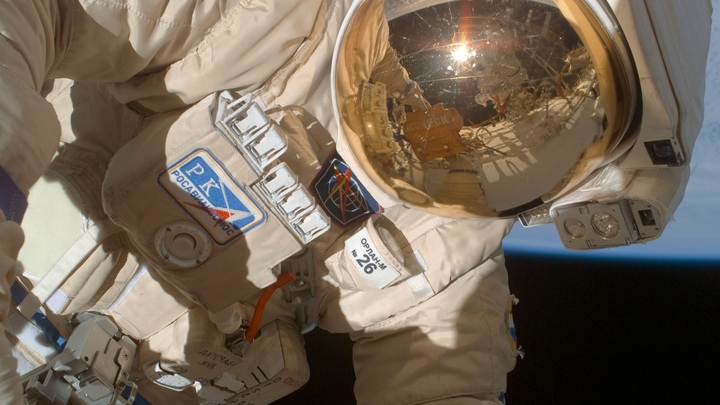 Сверлили изнутри - это очевидно: Эксперт о расследовании в открытом космосе и 200 млн долларов, потраченных впустую