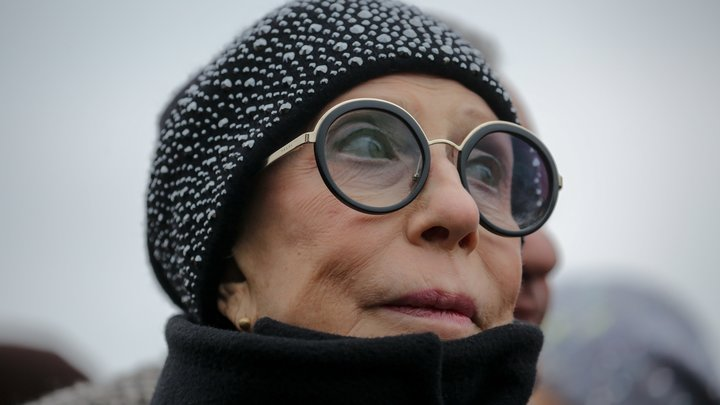 Не угодили возрастом: Чурикова рассказала о дикой истории в Ленкоме