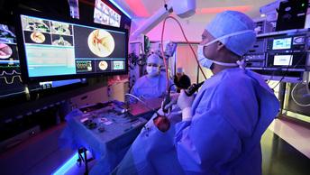 Кубанские врачи во время уникальной операции восстановили язык онкобольному