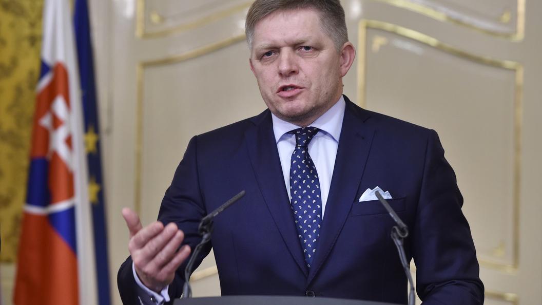 ВСловакии премьер ушел вотставку из-за скандального убийства корреспондента