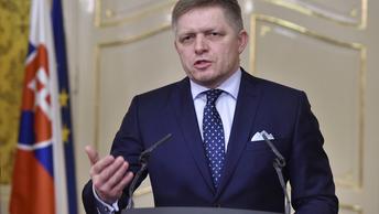 Операция Преемник: Кабмин Словакии покидает премьер Роберт Фицо
