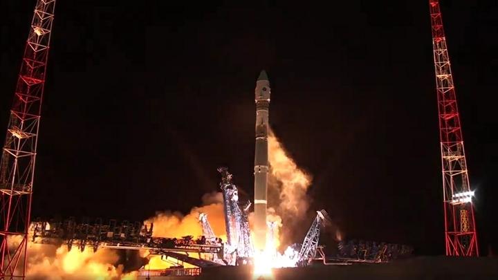Роскосмос показал впечатляющий старт корабля «Прогресс МС-09» с космодрома Байконур - фото