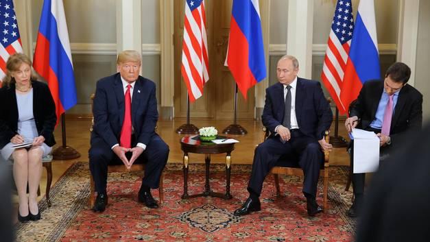 С глазу на глаз: О чем говорили Путин и Трамп за закрытыми дверями