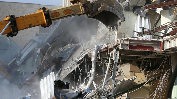 Мы же ещё судимся: Собственник кафе в центре Новосибирска отказывается сносить здание