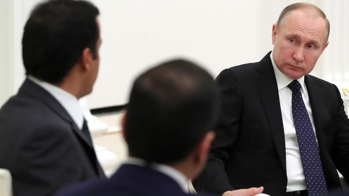 Путин поручил до 1 сентября включить вклады юрлиц в систему страхования