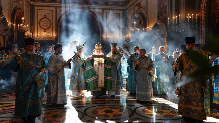 Вхрам Христа Спасителя доставили мощи Спиридона Тримифунтского