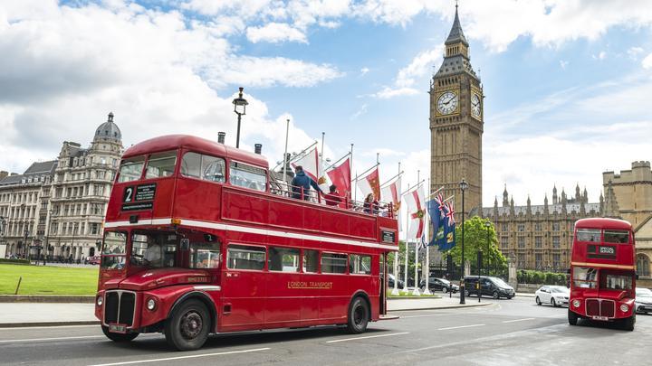 На чемоданах: До конца неделииз России вышлют более 20 британских дипломатов