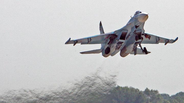 Шарахнулся в сторону: Появились кадры, как русский истребитель отогнал шведский самолёт от границы