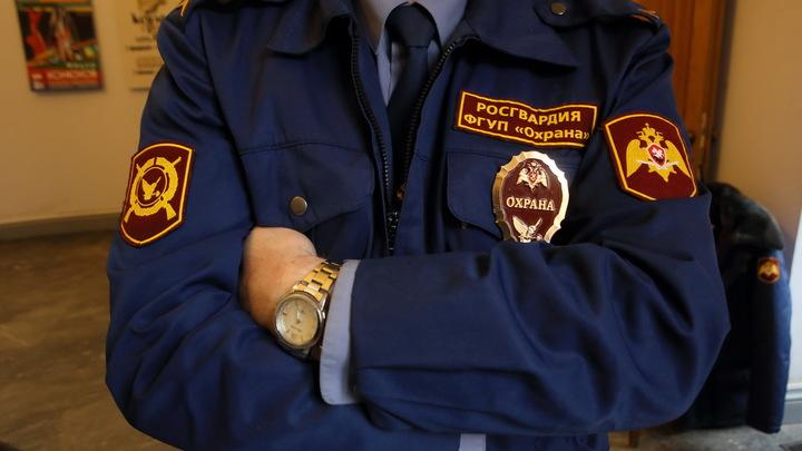 Пил с друзьями, пока в шкафу лежал труп: Задержанный за убийство доцент СПбГУ написал явку с повинной
